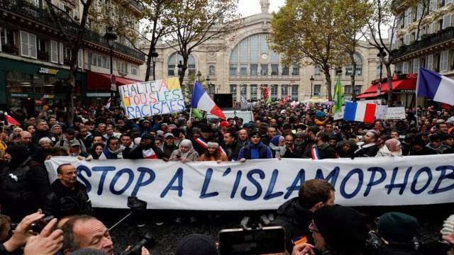 مظاهرات ضد الاسلاموفوبيا في باريس