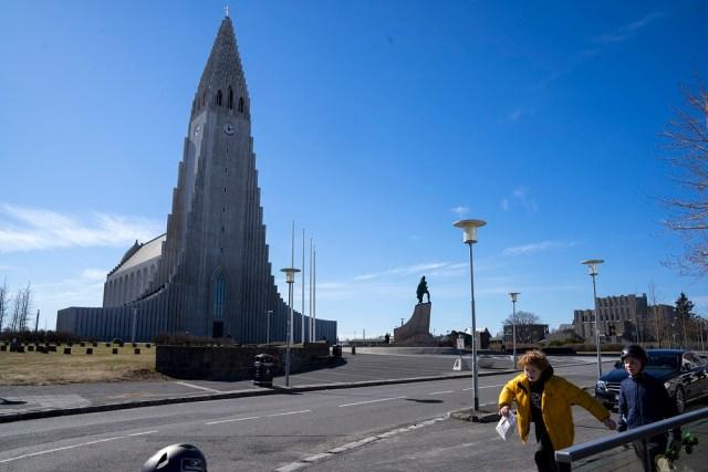 ايسلندا كورونا