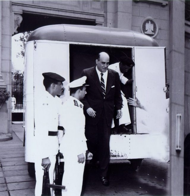 مصطفى أمين أثناء اعتقاله في الستينات