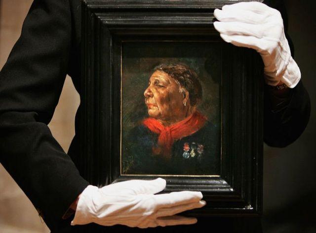 بورترية لماري سيكول، في الناشنال غاليري في لندن
