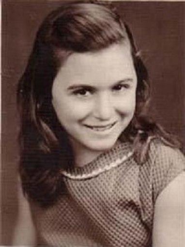 سعاد حسني في طفولتها