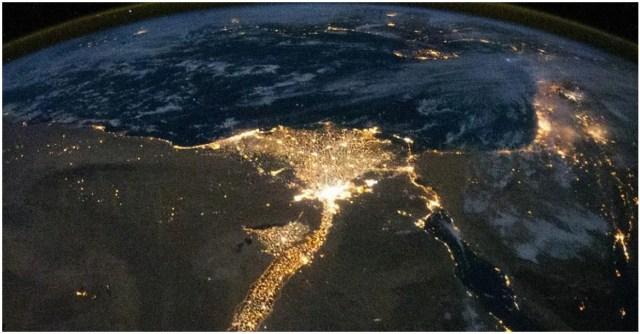 صورة من محطة الفضاء الدولية توضح التفاف محافظات مصر كلها حول ضفاف النيل