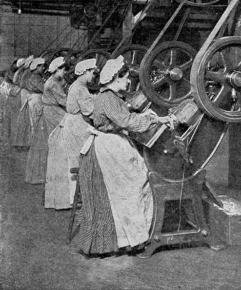 العمالة النسائية في المصانع ختام القرن التاسع عشر