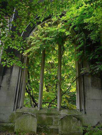 Saint Dunstan in the East Church Garden