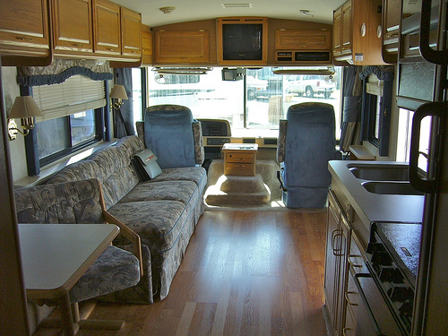 Choose the right RV rig for you