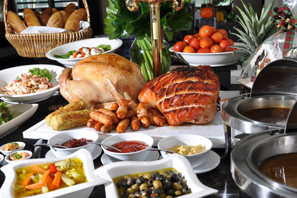 https://i2.wp.com/at-bangkok.com/wp-content/uploads/2011/12/Christmas-Eve-Christmas-Day-Grand-Buffet-@-River-Barge.jpg