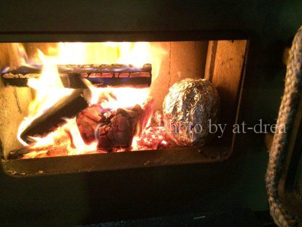 薪ストーブ 焼き芋