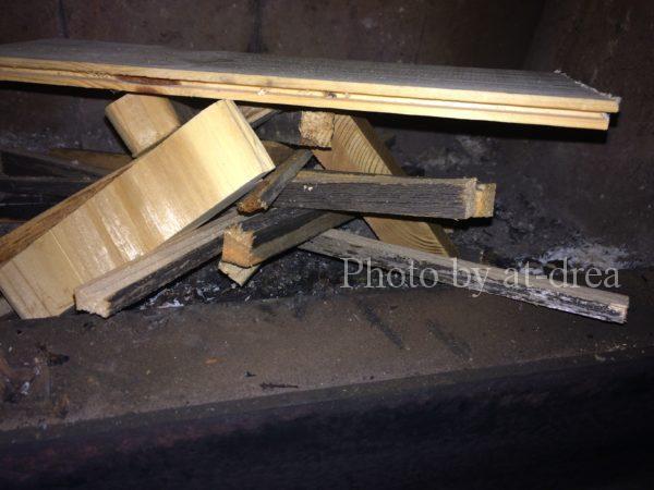 薪ストーブ 焚き付け 積み方