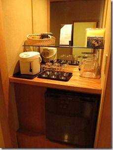 ヒルトン東京ベイ 和室スイートルーム 冷蔵庫1