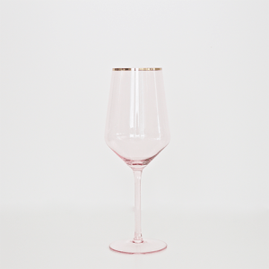 A Table to Love, Blush glassware rental