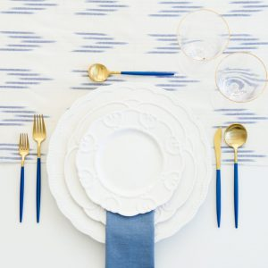 A Table to Love, table setting rental with white and blue for dinner party decoration