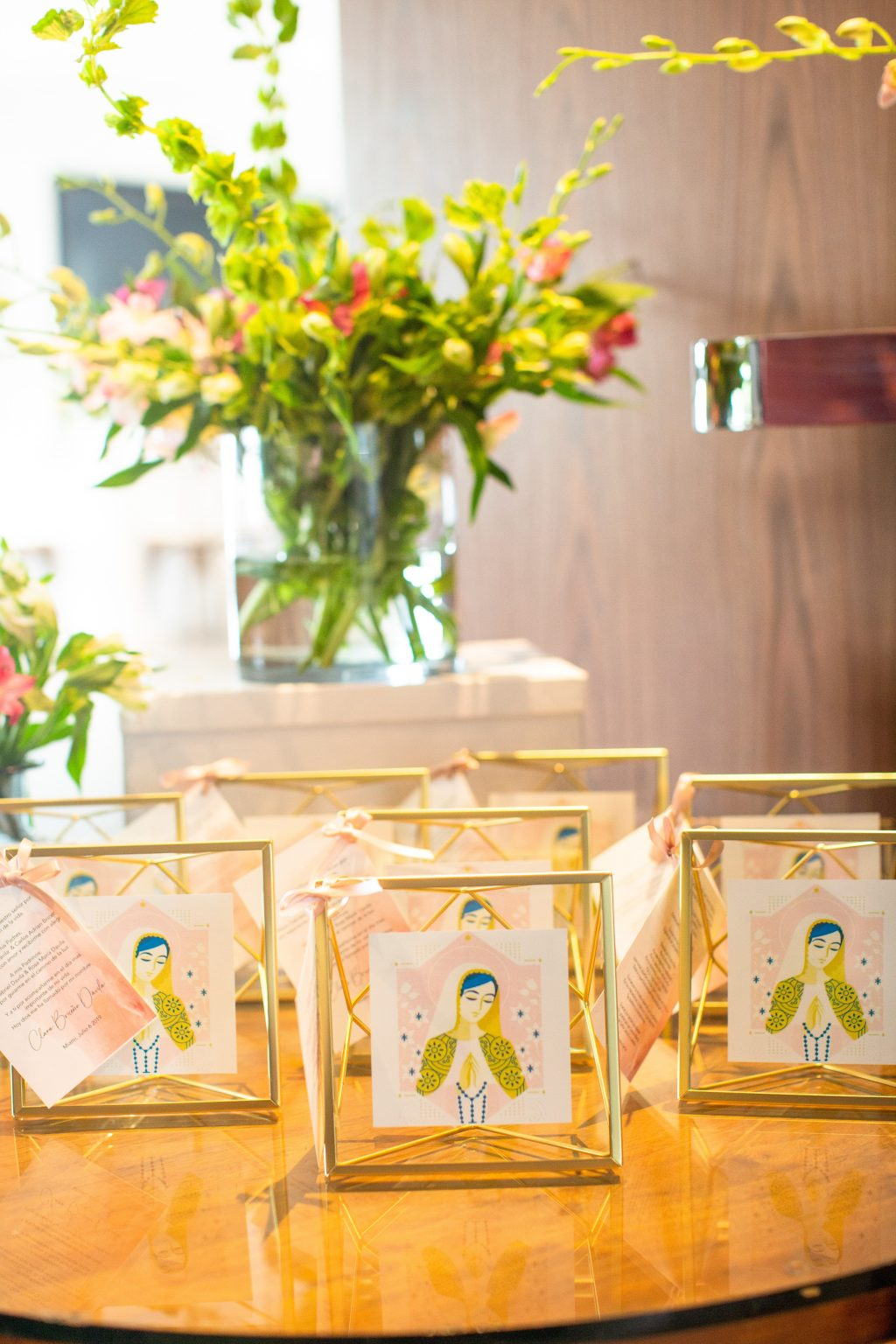 A Table to Love, gold frames baptism favors ideas