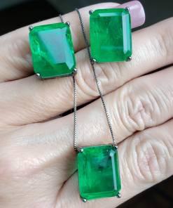 Colar zircônia verde esmeralda fusion AAA em banho de ródio negro