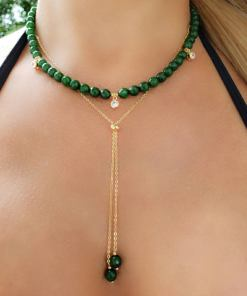 Colar 40cm com Jade Verde Esmeralda e ponto de luz de zircônia branca em banho de ouro 18k