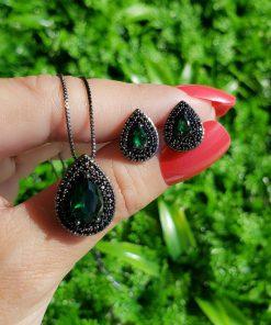 Conjunto brinco e colar gota com micro zircônia negra e verde em banho de ródio negro