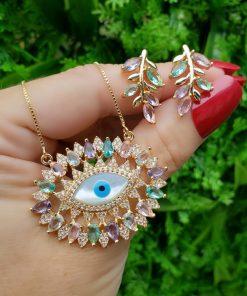 Colar 45cm luxo com olho grego de madrepérola e zircônia colorida em banho de ouro 18k