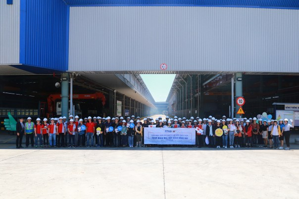 ATAD Dong Nai factory welcomed University of Architecture's students