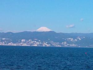 初島から見る富士山