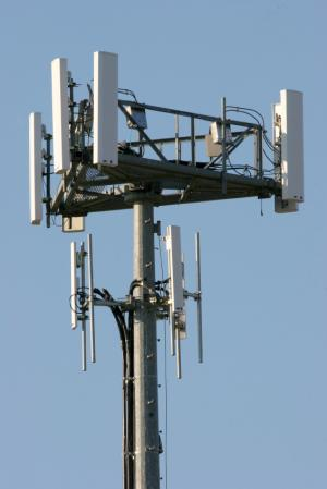 Your Wireless Router Is Like A Cell Tower In Your Home