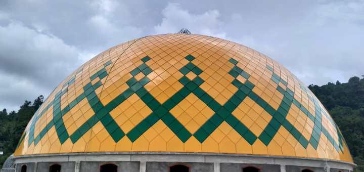 Pembuatan kubah masjid besar at-taqwa patani utara bukit loiteglas kantor dinas pupr kabupaten halmahera tengah provinsi maluku utara harga murah berkualitas istimewa