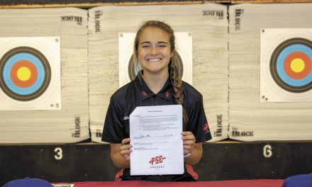 Isabella Otter Signs Sponsorship With PSE