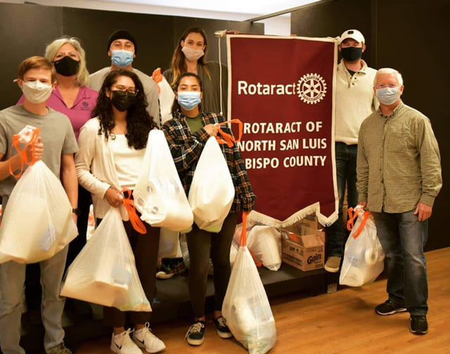 Paso Robles Rotary and Rotaract Clubs Donate Household Items to Families in Need