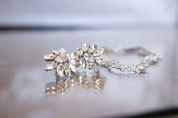 Glamorous cluster earrings that will be worn by the bride.