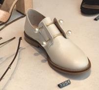 white-shoes-5.jpg