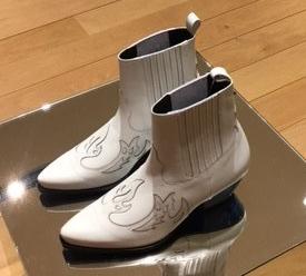 white-shoes-7-2794230110-1528419054370.jpg
