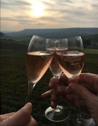 champagneglassessun