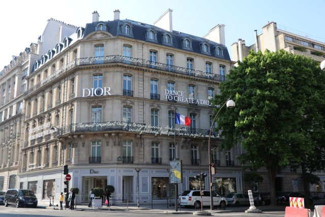 Dior office and store at 30, Montaigne Avenue Paris