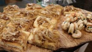 Focaccia bread and spicy shrimp