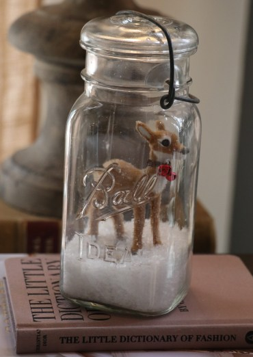 Reindeer in a Mason jar.