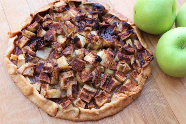 virtual cooking class, Rustic apple tart- Let's Cook together!