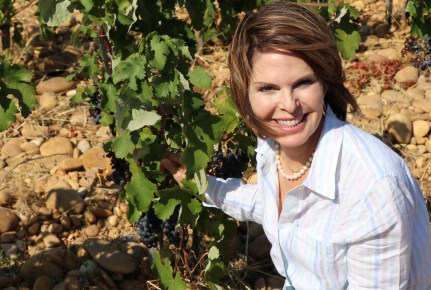 Lorie in the vineyards
