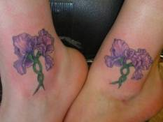 13 Violet flower ankle tattoos