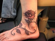 17 Groovy Rose Tattoo