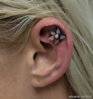 Awesome piercing http://www.cuded.com/2014/05/55-incredible-ear-tattoos/