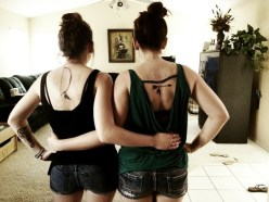 Creative bow and arrow tattoo for sisters http://www.piercingmodels.com/sister-tattoos-ideas-pictures/