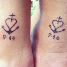 Unique Twin Sister Tattoos http://www.piercingmodels.com/sister-tattoos-ideas-pictures/