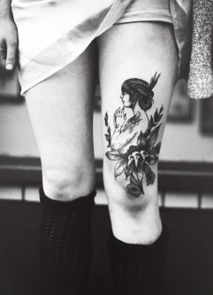 Vintage tattoo http://tattooton.com/100-sexy-thigh-tattoos-for-women-in-2016/