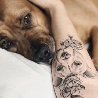 Dog Lovers Tattoo