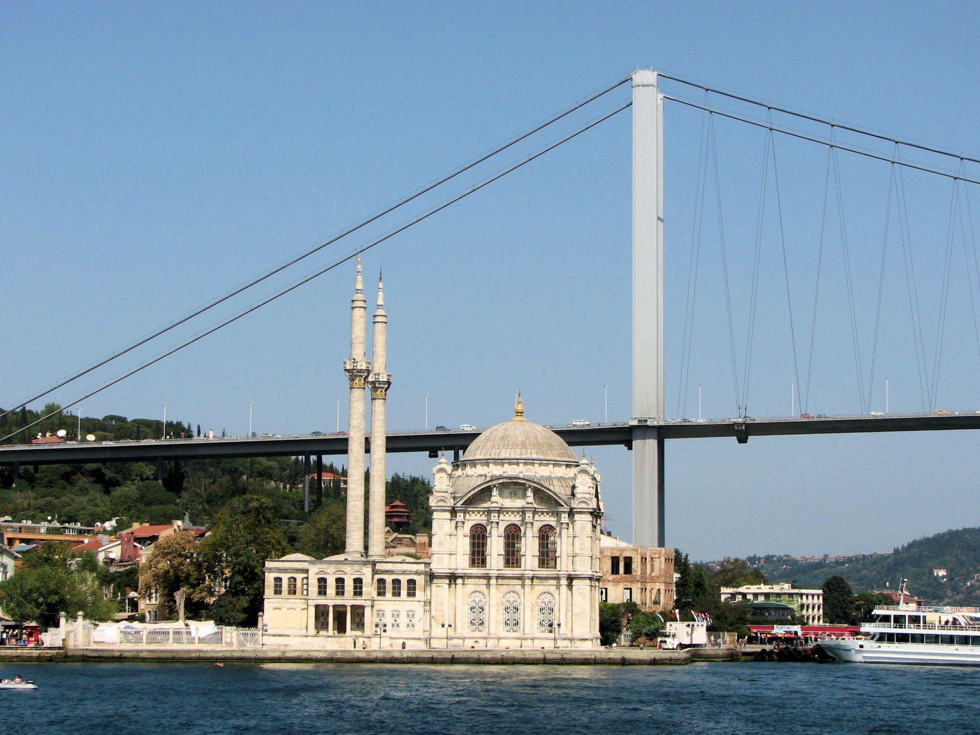 Stambuł, meczet Ortaköy