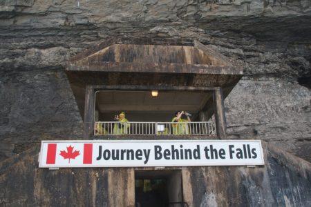 Taras widokowy Journey Behind the Falls