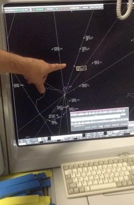 Pantalla de un centro de control de tránsito aéreo.