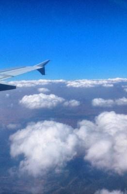 Avión en sobrevuelo sobre la Península. Foto: ATCpress