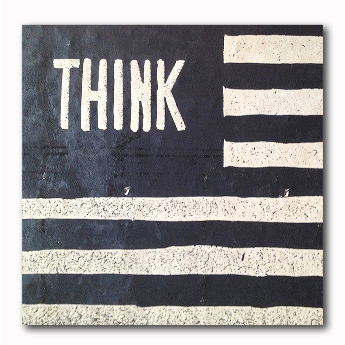 Think US Fahne Graffitti