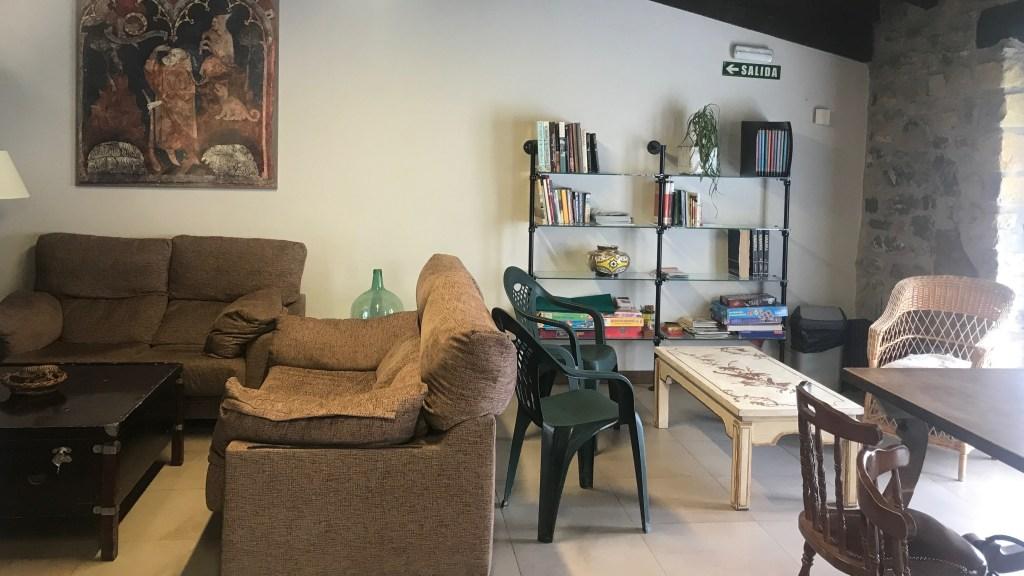 カミーノ Zubiri - El Palo de Avellano Hostel