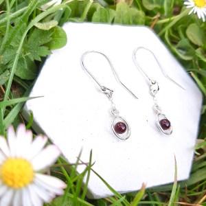 bloucle-orielle-pierres-bijoux-argent-cadeau-fete-mere-femme-funambule-grenat-3