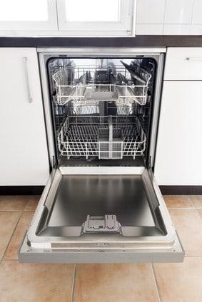 une porte de lave vaisselle